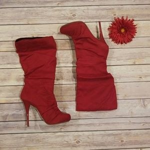 RED HIGH HEEL BOOTS SIZE 6